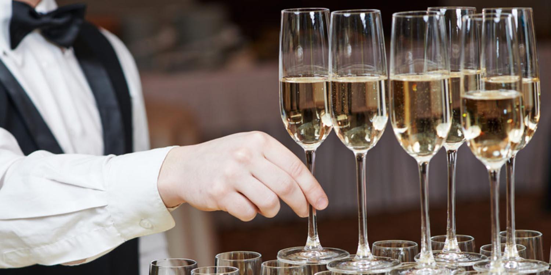 CAP Commercialisation et Services en Hôtel - Café - Restaurant - GRETA